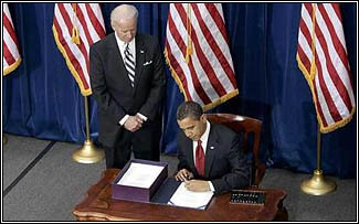 President Obama signs the stimlus bill, increasing the reverse mortgage limit to $625,000