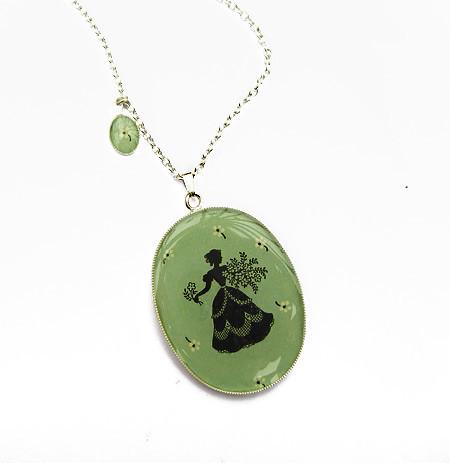 Bonbi Forest resin necklace
