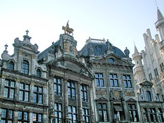 be03b011 Brussels Belgium, Grand Place 2003 (CanadaGood) Tags: 2003 blue brussels color colour building europe belgium belgique grandplace bruxelles streetphoto belgian 2000s canadagood