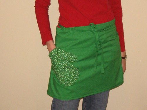 green cafe apron