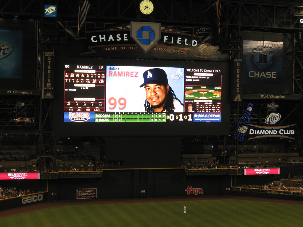 Arizona Diamondbacks 9, Los Angeles Dodgers 4, Chase Field, Phoenix, Arizona (26)