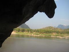IMG_4124 (tomaszd) Tags: geotagged laos lao louangphabang banpakou geo:lat=2004919333 geo:lon=10221103000