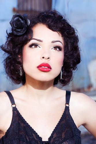 フリー画像| 人物写真| 女性ポートレイト| 白人女性| 黒髪| ショートヘアー|      フリー素材|