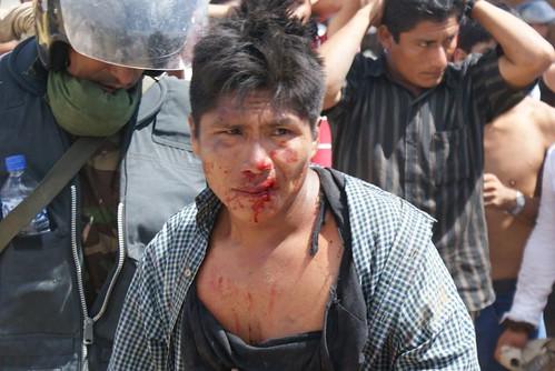 Nativos muertos en desalo de la carretera a Bagua por dhperu.