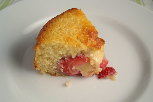 Strawberry Buttermilk Cake Slice