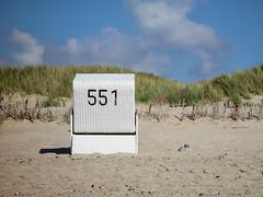 551 (Maharepa) Tags: vacation beach strand germany deutschland urlaub sylt somewhere friesland strandkorb nf irgendwo 551 nordfriesland roofedwickerbeachchair