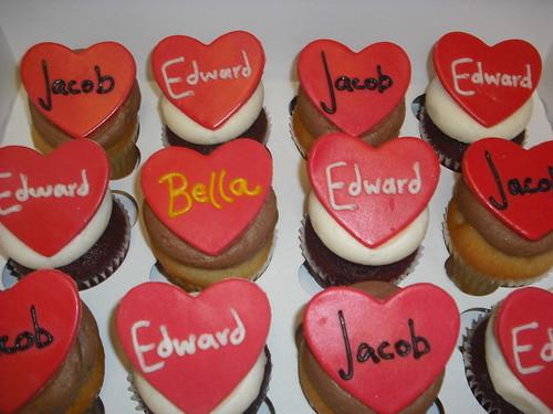 Twilight Cupcakes!