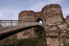 Bridge and Tower - Beeston Castle (Etrusia UK) Tags: uk greatbritain bridge england castle castles geotagged nikon britishisles zoom unitedkingdom fort britain wideangle f16 gb fortress pictureperfect d300 englishheritage nikkorlens 18200mm nikonlens vrlens nikon18200mm nikon18200 nikkor18200mmvr nikkor18200mm nikkor18200 nikon18200mmvr 18200mmlens nikond300 geo:lat=53128385 geo:lon=2693284