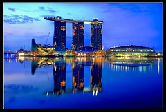 Singapore MARINA BAY SANDS (Kenny Teo (zoompict)) Tags: tourism landscape yahoo google scenery teo casino kenny zoompict singaporemarinabaysands skyparks