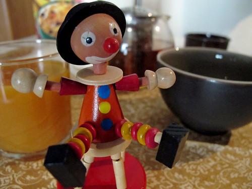 un clown au petit déjeuner
