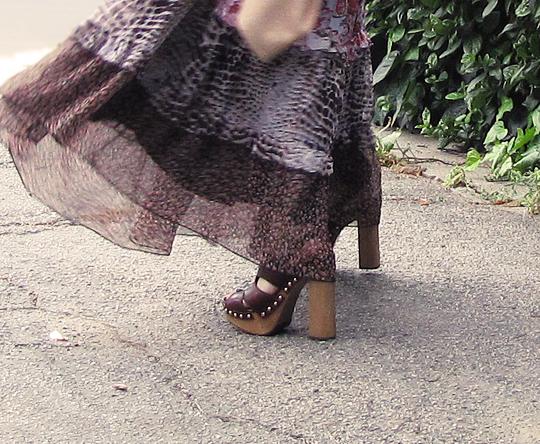 miu miu sandal clogs+ 70s dress -closeup