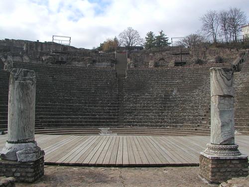 Lyon 0211 019