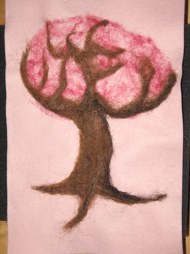 Valentine tree after leaf background and tree felting