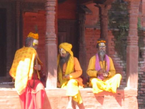 Holy Men, wachtend op toeristengeld