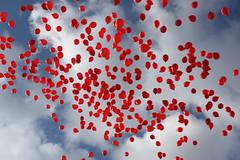 Lâcher de ballons sur le pont des arts