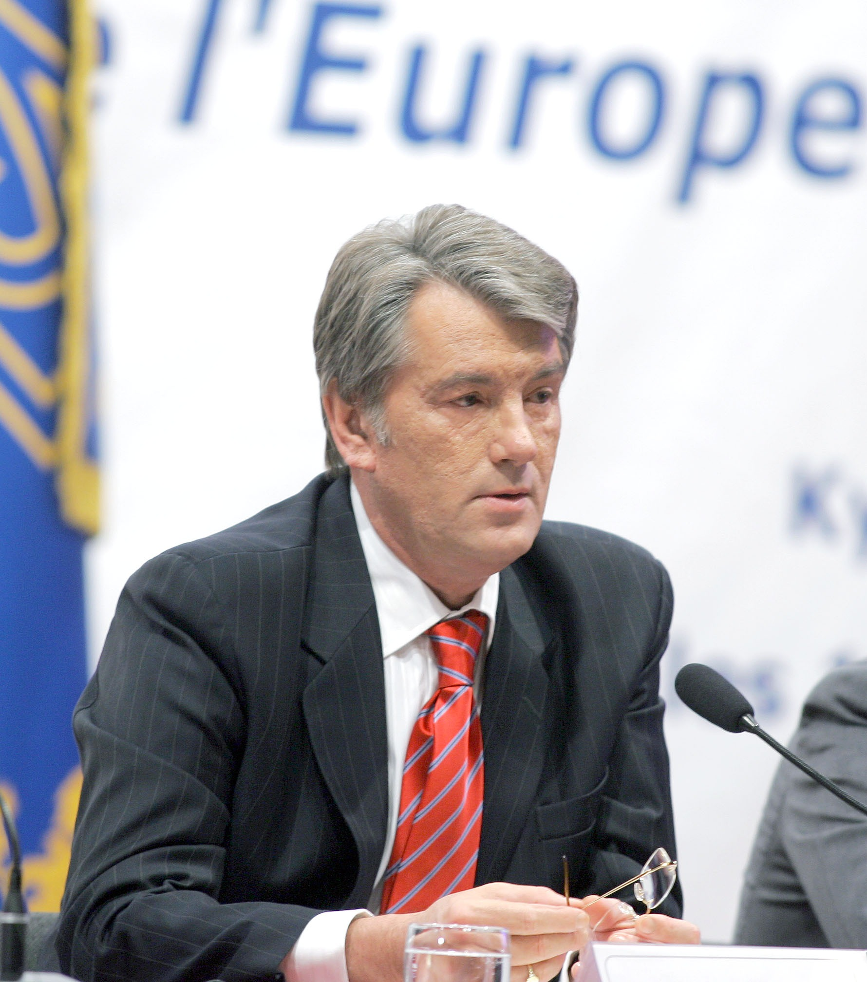 Viktor Yushchenko Quotes. QuotesGram