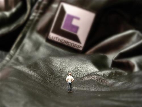 black scale fun miniature little small perspective violet cc jacket tiny figure ho patch hoscale lexluthor nogeo littledudes luthorcorp inkitchen jdhancock