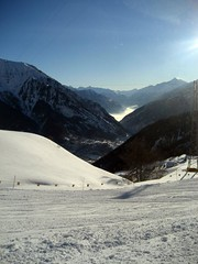 IMG_0987 (nuthinking) Tags: mountain snow courmayeur