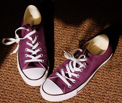 spring chucks (*Zoup*) Tags: new spring purple clean converse chucks putyourbestfootforward may2009