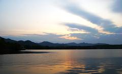 西湖夕照 (an.yonghua) Tags: china people scene hangzhou 中国 jiangnan 风景 西湖 人物 杭州 xihu 風景 江南 天堂 西子湖 nikond40x