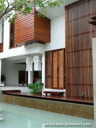 oasis bangkok exterior