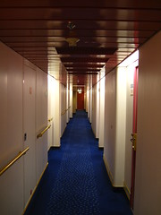 med pink døre (Sakena) Tags: cruise oslo dfds