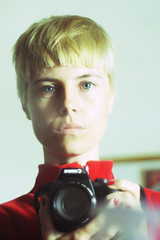 My new hairstyle! (lapoetto) Tags: fashion cool blonde blondie newlook haircuts hairstyle cuts canonef50mmf18ii pelocorto cristinapoetto lapoetto