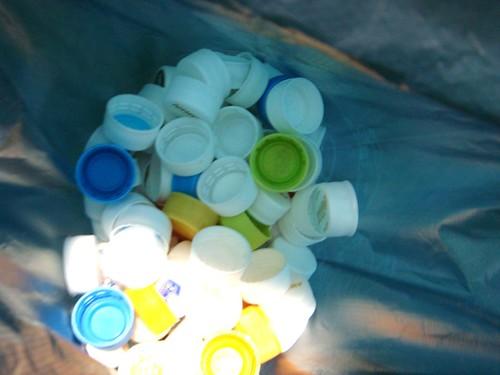 ペットボトルキャップ回収ボックス