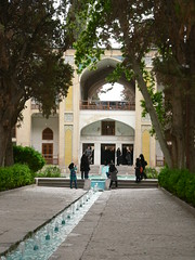 P1090319  Kashan, Iran (Leo Kerner) Tags: iran kashan