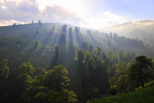 フリー画像| 自然風景| 丘の風景| 太陽光線| イラン風景|       フリー素材|