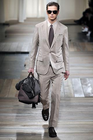 Lucas Mascarini332_SS10_Milan_Ermenegildo Zegna(Men Style)