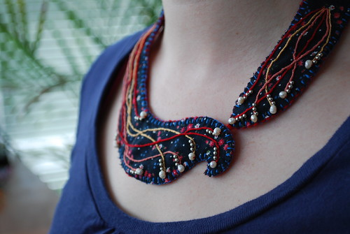 embroidered collar 3 on