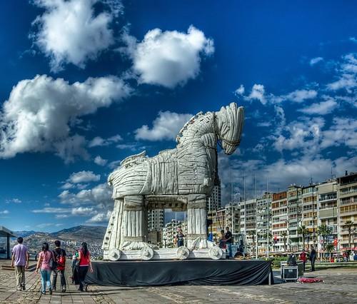 The trojan Horse in Izmir