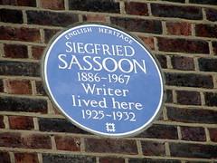 Photo of Siegfried Sassoon blue plaque