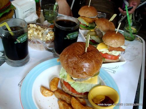 20110521 台中牛逼洋行(noob burger)_09