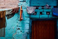 Slum (A_Stang) Tags: india color laundry slum