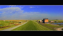 noordpolderzijl panorama (Wim Koopman) Tags: 2001 sea sky holland netherlands dutch station waddenzee boats photography restaurant photo wadden cafe harbour sony north stock nederland cybershot groningen dyke dike stockphoto pumping stockphotography noordpolderzijl wpk zielhoes