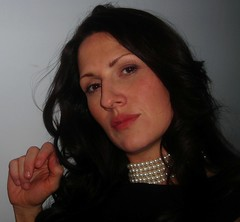Smart lady (LatinaPower2009) Tags: beautifulwoman bella darkhair darklonghair spanishwoman bobbimillermoro danishwoman spanishdanishwoman