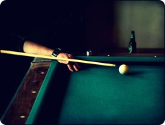 corner pocket (Jonathan Dacey) Tags: toronto pool bar corner flickr hand cue shot arm crossprocess patrick felt pocket cueball queenstreet picnik edit dacey bridged jonathandacey jdfoto jdacey