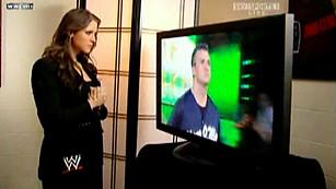 Stephanie McMahon Gros Seins