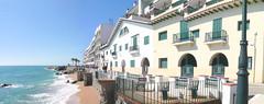 Av. del Dr. Furest, Sant Pol de Mar (Porschista) Tags: avenida paseo catalunya martimo santpoldemar avinguda drfurestpanorama