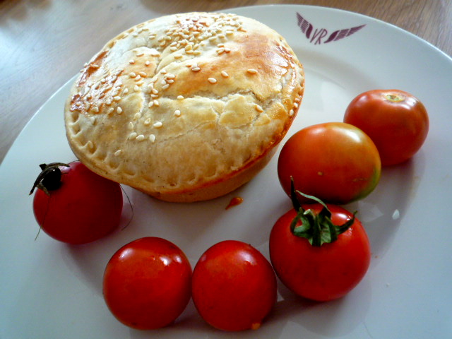 Chicken and chardonnay pie and tomatoes
