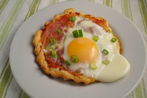Prosciutto, Mozzarella and Egg Tart