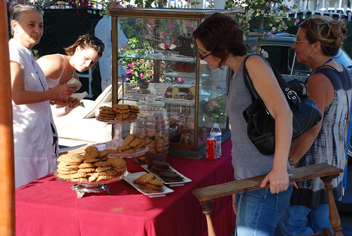 Jess found a table, examined the baked goods
