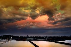 (bibi.barbie) Tags: sunset taiwan silhouettes   nikond80 bibibarbie