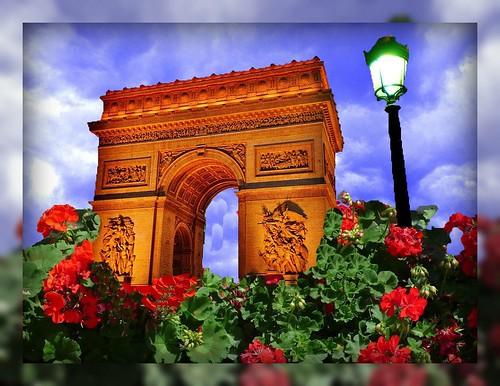 Arc de triumph & geraniums