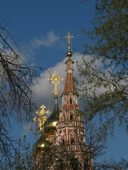 Church of the Resurrection on Kadashevskiy (Kadashi), Moscow, Russia (Marc_P98) Tags: tower church factory cross russia furniture moscow christian spire dome russian orthodox resurrection kadashi kadashevskiy zamoskvareche