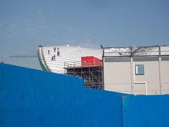 Working on the Aquatics Centre Roof (Andy Wilkes) Tags: roof building london cup cake danger work landscape site construction crane stadium centre land olympic olympics scape stratford 2012 aquatics londonist