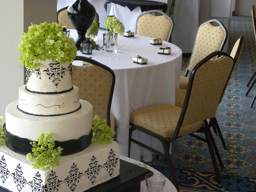 Black White Damask Wedding Cake Shell Island Resort Wrightsville Beach NC
