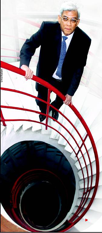 Deepak Parekh on the staircase